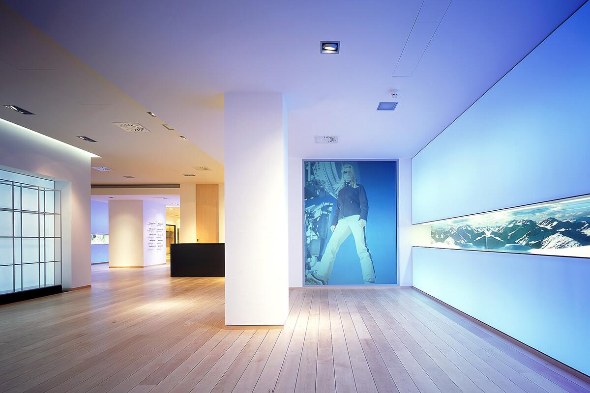 mhp architekten innenarchitekten m nchen bogner flagshipstore berlin. Black Bedroom Furniture Sets. Home Design Ideas