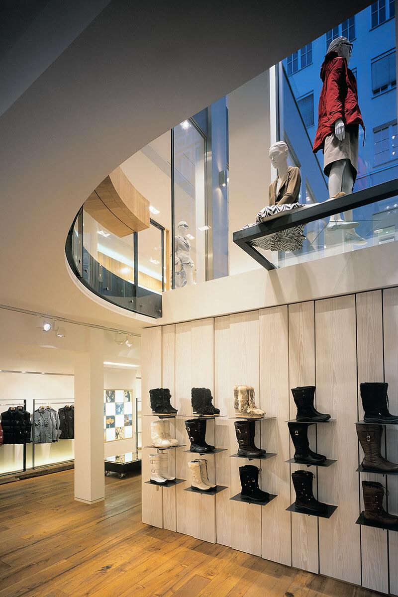 Innenarchitekten München mhp architekten innenarchitekten münchen bogner flagshipstore münchen